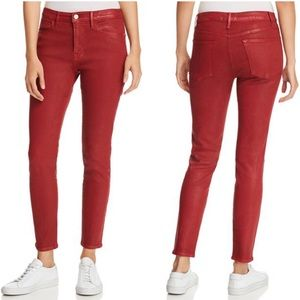 FRAME Le High Skinny in Hunter Red Coated